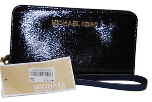 Michael Kors Jet Set Travel Slim Tech Wristlet M2-28