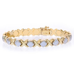 Avital & Co Jewelry 8.3mm Ladies 14k Two Tone Gold Hugs And Kisses Bracelet