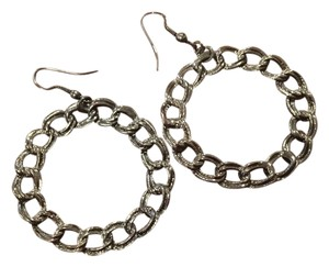 Circle rope link earring