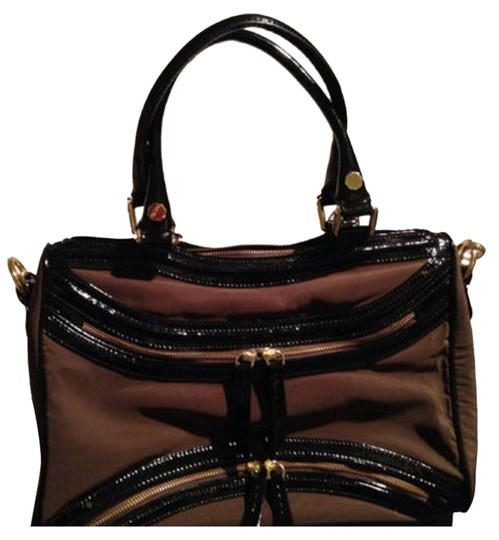 Preload https://img-static.tradesy.com/item/11016313/treesje-asher-black-and-chocolate-brown-patent-leather-and-nylon-satchel-0-1-540-540.jpg