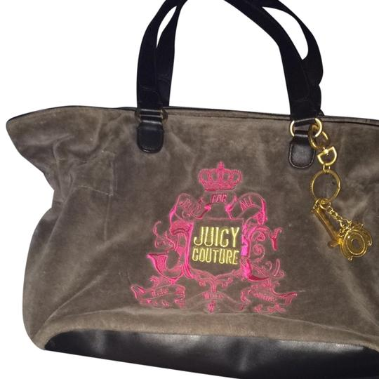 Preload https://item1.tradesy.com/images/juicy-couture-gray-tote-1101765-0-0.jpg?width=440&height=440