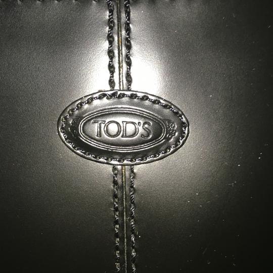 Tod's Tote Image 5