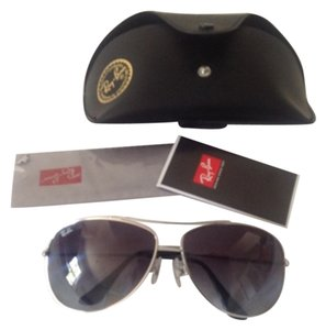 Ray-Ban Ray Ban Aviator Sunglasses