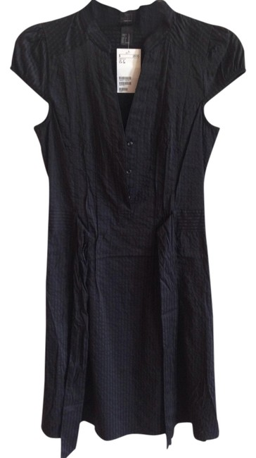 Preload https://item2.tradesy.com/images/h-and-m-black-striped-belted-above-knee-short-casual-dress-size-4-s-1102151-0-0.jpg?width=400&height=650