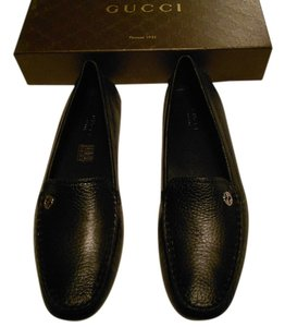 Gucci Classic Design Comfortable Heel Cup Protection New Never Worn 372390 A8800 1000 Nero Flats