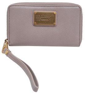 Marc by Marc Jacobs * Marc by Marc Jacobs Classic Q Wallet