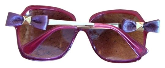ad843b4df31c Marc Jacobs Red Sunglasses by Marc Jacobs with Red Leather bows at the  Temple Image 0 ...
