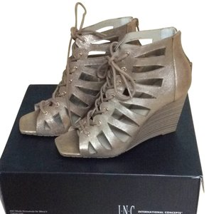 INC International Concepts Pearl Gold Wedges