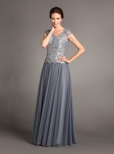 Terani Couture Smoke/Platinum Terani Couture Women's Cap Sleeve Crackle Ice Gown Dress