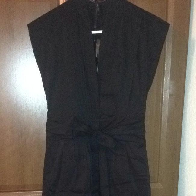 Preload https://item4.tradesy.com/images/bcbgmaxazria-black-bcbg-v-neck-above-knee-workoffice-dress-size-4-s-1103123-0-0.jpg?width=400&height=650