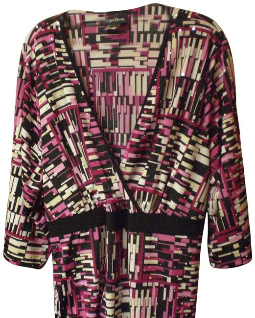 21b64327e5a on sale Maggie Barnes Pink   Black Multi With Sequins Top - 70% Off Retail