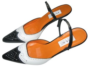 Isaac Mizrahi Leather Black/White Pumps