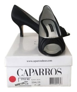 Caparros Blac Pumps