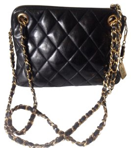 Chanel Quilted Chain Italy Shoulder Bag