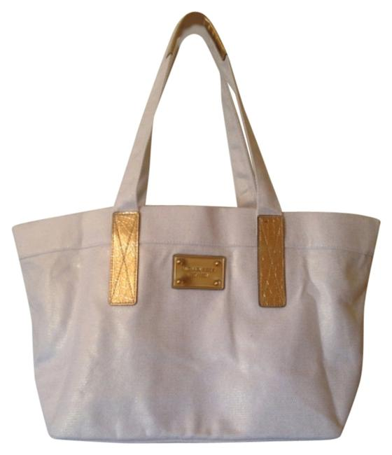 Item - Limited Edition White Canvas Beach Bag