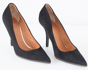 Givenchy Classics Black Pumps