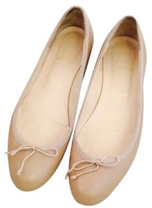 Christian Louboutin Nude leather Flats