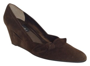 Vaneli Brown suede Wedges