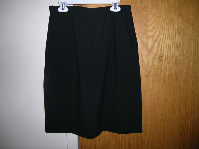 Ann Taylor LOFT Skirt Black with Blue Embroidery