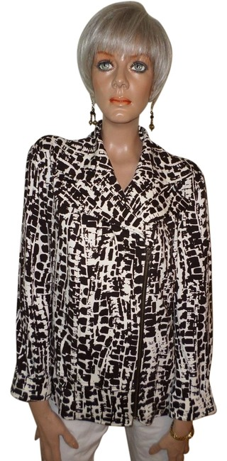 Preload https://item5.tradesy.com/images/chico-s-brownivory-abstract-print-jacket-1105134-0-0.jpg?width=400&height=650
