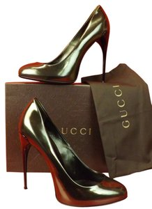 Gucci Muschio/Gunmetal Pumps
