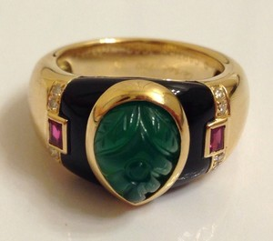 Cartier Cartier Gaia Ring Carved Emerald Onyx Ruby Diamond 18k Yg
