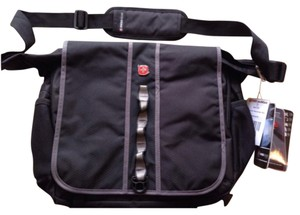 SwissGear Black Messenger Bag
