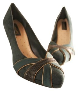 Abaeté for Payless Hunter green Pumps