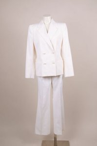 Chanel Chanel White Textured Pinstripe Pearl Button Jacket Pants Suit Set