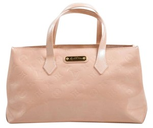 Louis Vuitton Nude Patent Leather Wilshire Pm Satchel in Pink