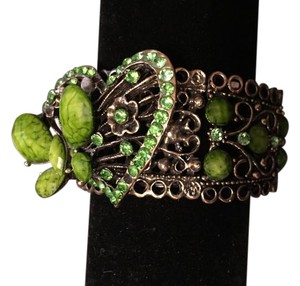 Gorgeous cuff statement bracelet.