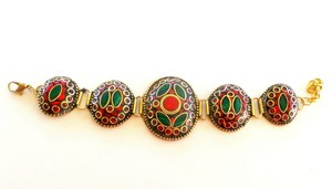 Preload https://item1.tradesy.com/images/multicolor-new-malachite-and-red-coral-inlay-bracelet-1106130-0-0.jpg?width=440&height=440