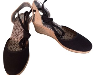 Lands' End Black/Natural Wedges