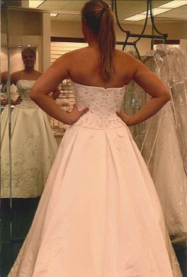 Oleg Cassini Ct131 Wedding Dress