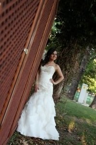 Allure Bridals Allure 8815 Wedding Dress