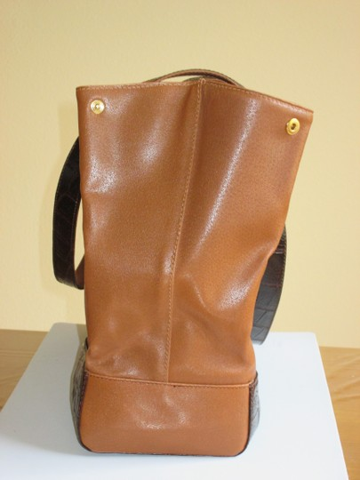 Gianfranco Ferre Tote in Leather Light Brown with Dark Brown Trim