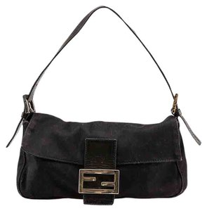 Fendi Classic Shoulder Baguette