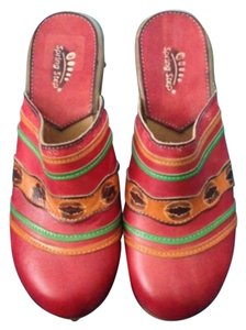 Spring Step Red and multi Mules