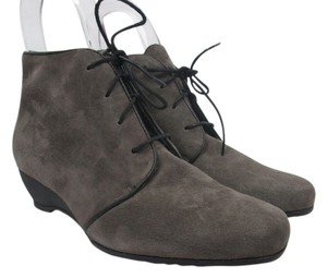 Munro American Suede Wedge Bootie Boot Dark Gray Boots