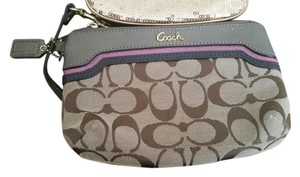 Coach Medium Pleated Shantung F48764 Signature Fabric Sateen Khaki Wristlet in Khaki/Mahogoney