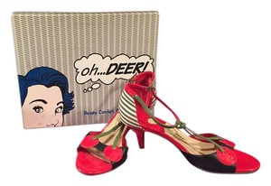 Oh Deer! Vintage Open Toe Red and Black Pumps