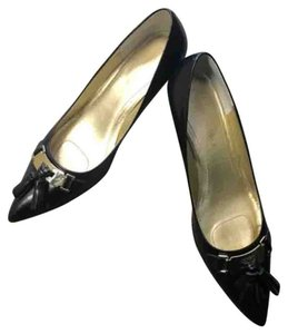 Audrey Brooke Blac Pumps