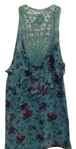 Wet Seal Top Blue With Red Floral