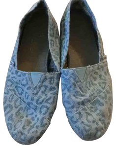TOMS Blue two toned Flats