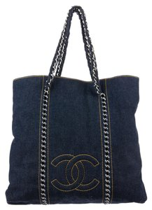 Chanel Gst Grand Shopping Tote in Blue