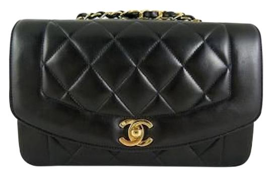 Preload https://item3.tradesy.com/images/chanel-255-reissue-classic-princess-diana-single-flap-quilted-cc-medium-ml-black-lambskin-leather-sh-11083642-0-1.jpg?width=440&height=440