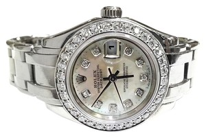 Rolex Datejust Pearlmaster White Mother of Pearl Dial 18 karat White Gold Automatic Ladies Watch With 1.75 Ct TW Diamonds
