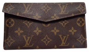 Louis Vuitton 70s True Vintage French Trifold Snap Closure Wallet CheckBook Holder