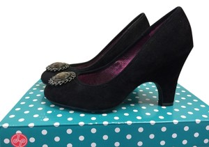 Lindsay Phillips Pump Black Pumps