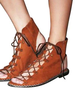 Free People Edgewater Lace Up - Rust Sz 38 New In Box terracotta Sandals
